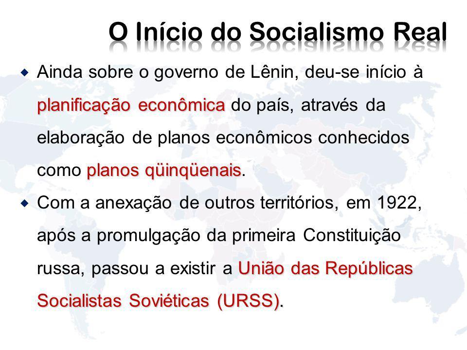 O Início do Socialismo Real