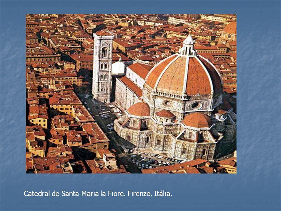 Catedral de Santa Maria la Fiore. Firenze. Itália.