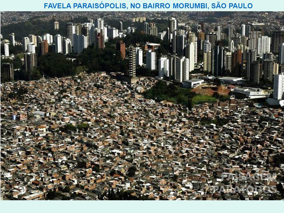 FAVELA PARAISÓPOLIS, NO BAIRRO MORUMBI, SÃO PAULO