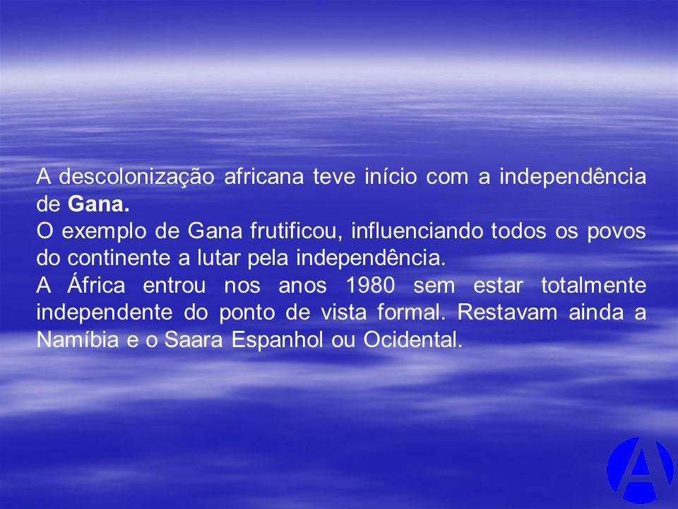 A descolonização africana teve início com a independência de Gana.