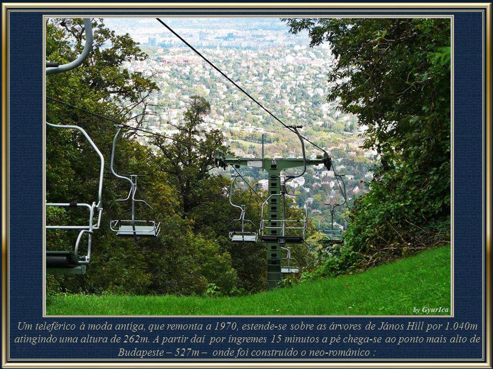 An old-fashioned chairlift, but only dating back to 1970, lifts you over the tree tops to János Hill covering 1,040m (3,412 ft) of forested area from as high as 262m (859 ft). From here you can take a steep 10- to 15-minute walk to Budapest s highest point. At the top is the neo-Romanesque Erzsébet Kilátó (Lookout Tower), built in 1910.