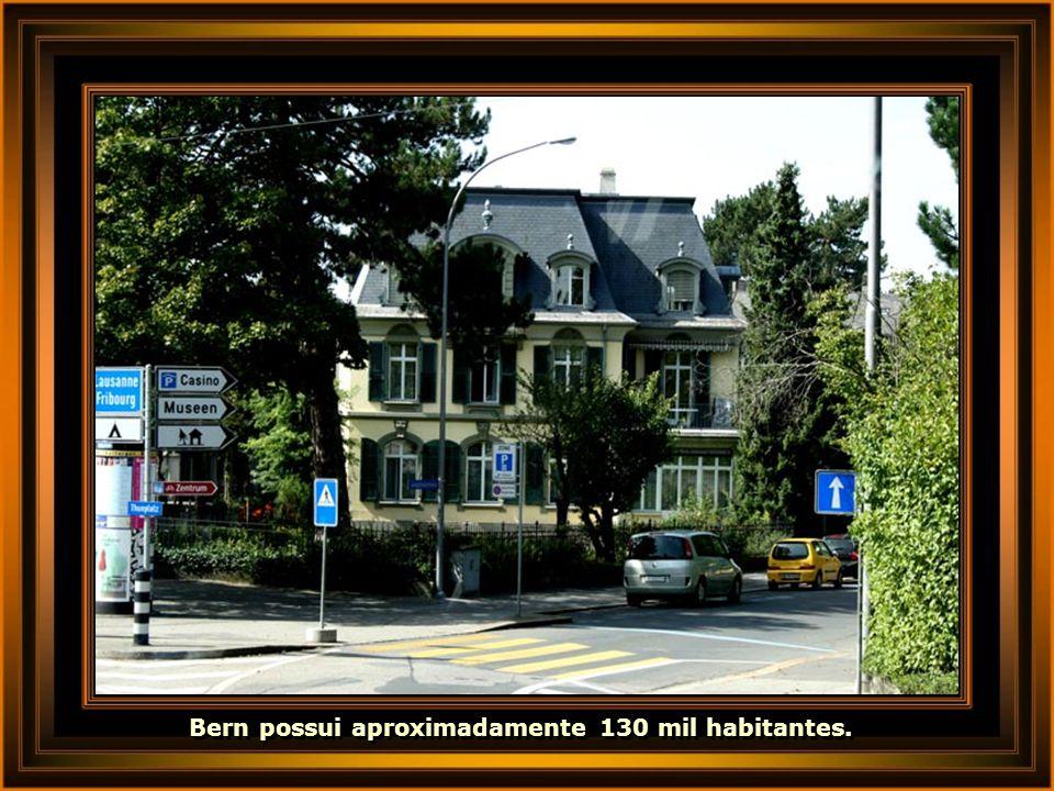 Bern possui aproximadamente 130 mil habitantes.