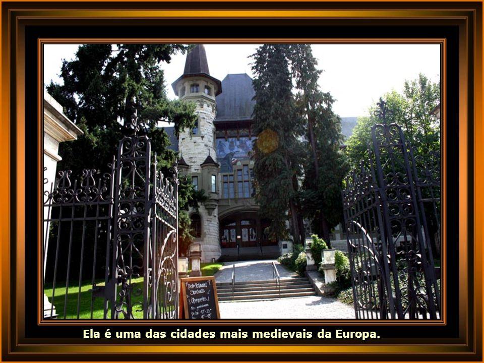Ela é uma das cidades mais medievais da Europa.