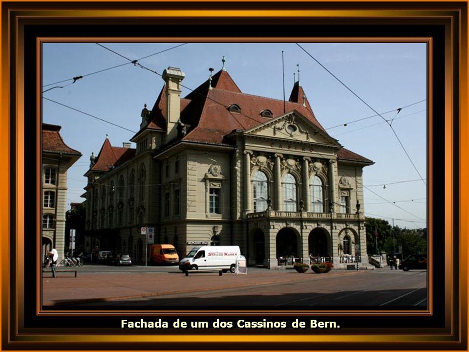 Fachada de um dos Cassinos de Bern.