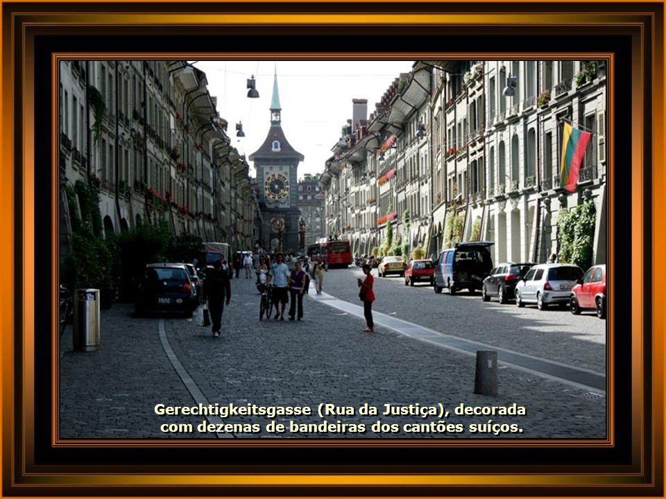 Gerechtigkeitsgasse (Rua da Justiça), decorada