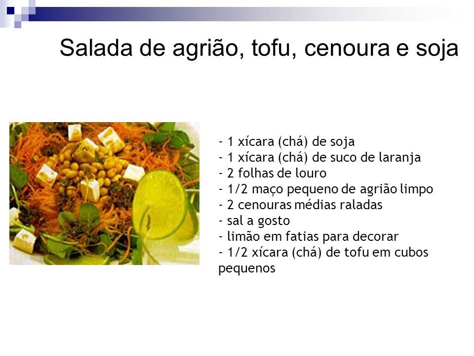 Salada de agrião, tofu, cenoura e soja
