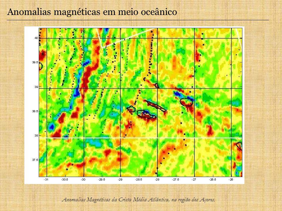 Anomalias magnéticas em meio oceânico