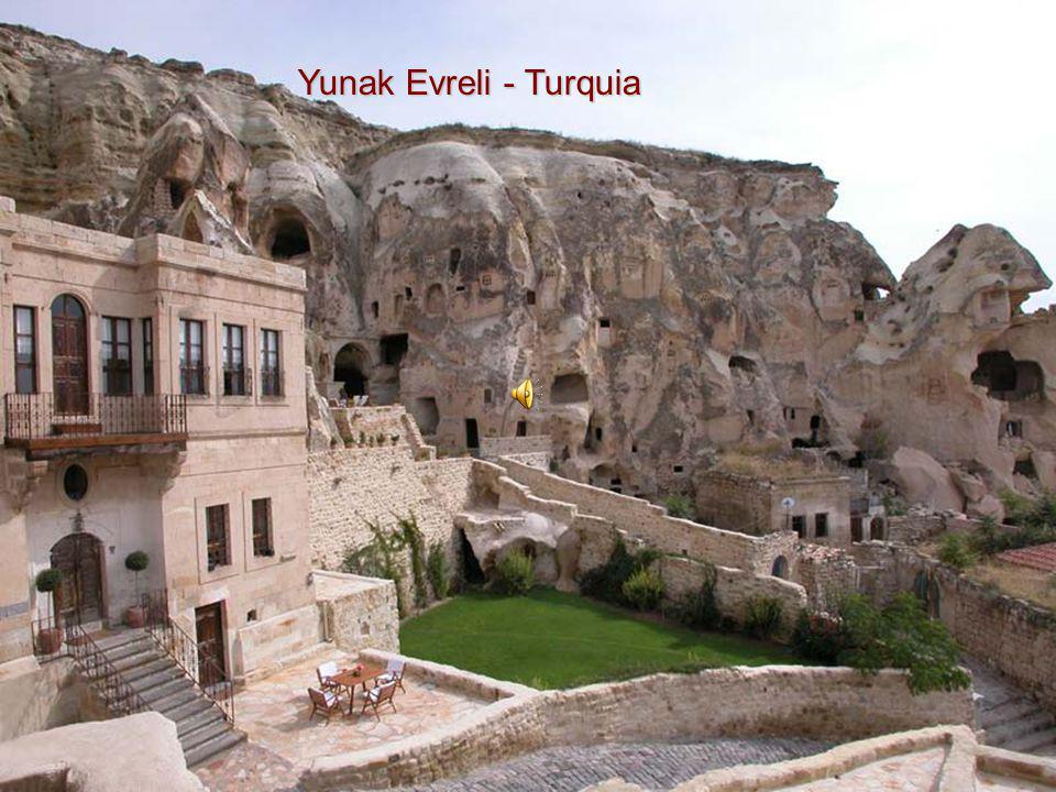 Yunak Evreli - Turquia
