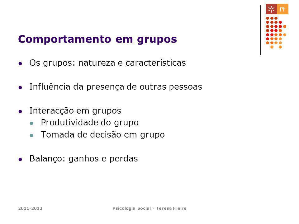 Comportamento em grupos