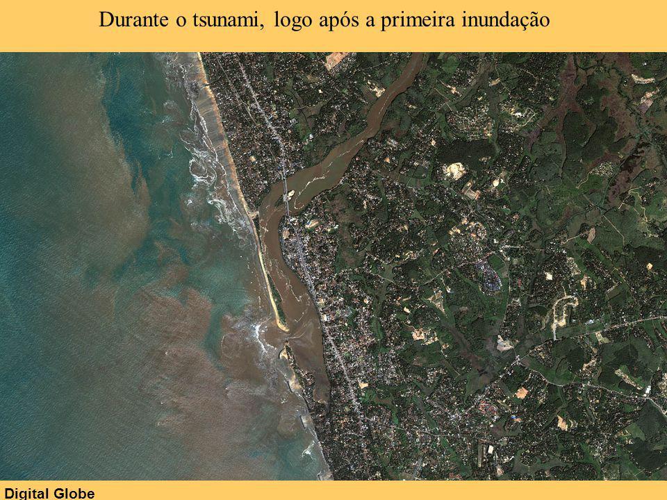 Durante o tsunami, logo após a primeira inundação