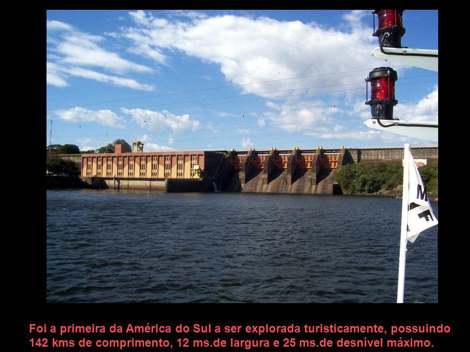 Foi a primeira da América do Sul a ser explorada turisticamente, possuindo