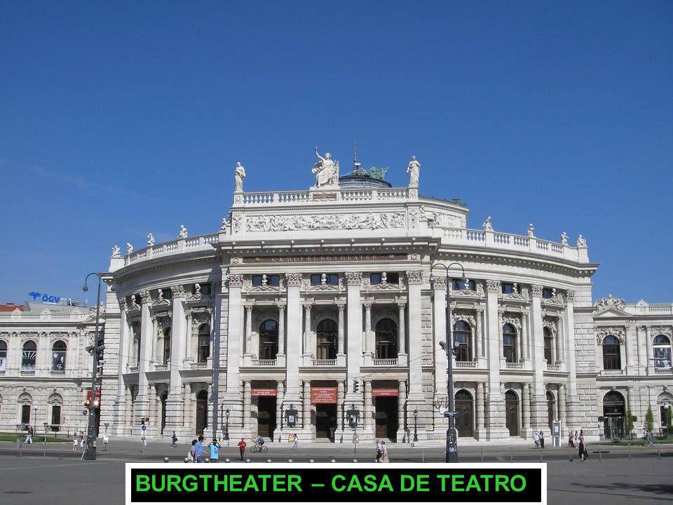 BURGTHEATER – CASA DE TEATRO