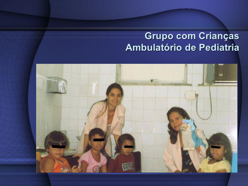 Grupo com Crianças Ambulatório de Pediatria