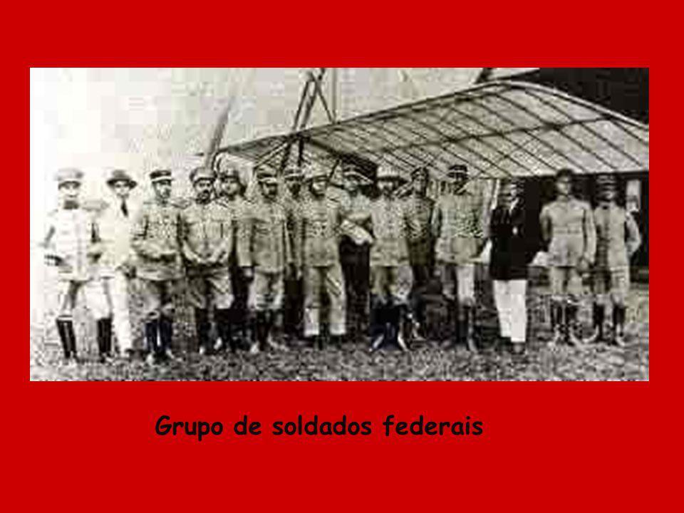 Grupo de soldados federais