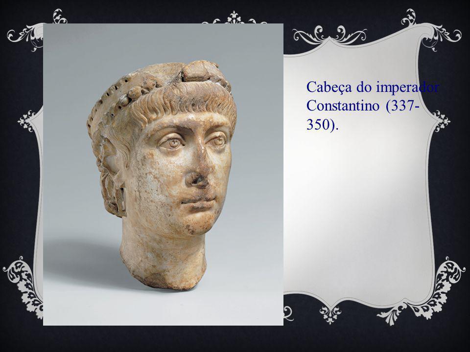 Cabeça do imperador Constantino (337-350).