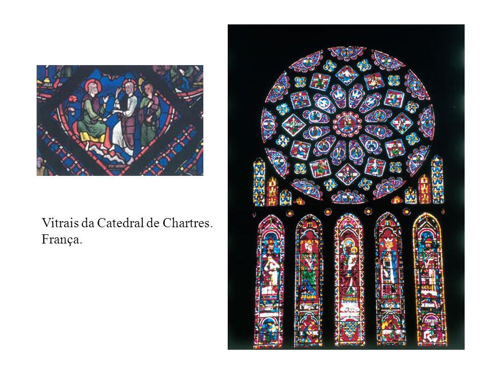 Vitrais da Catedral de Chartres.