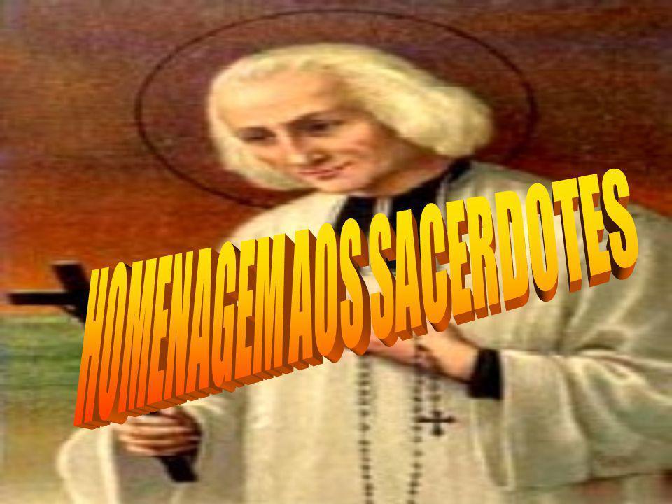 HOMENAGEM AOS SACERDOTES