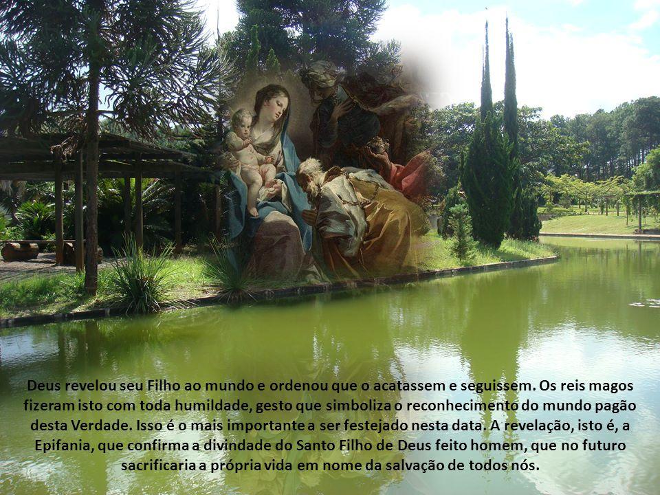 Deus revelou seu Filho ao mundo e ordenou que o acatassem e seguissem