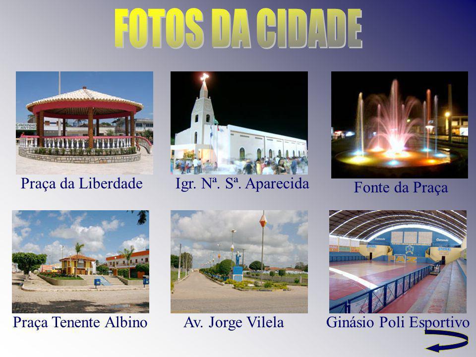 FOTOS DA CIDADE Praça da Liberdade Igr. Nª. Sª. Aparecida