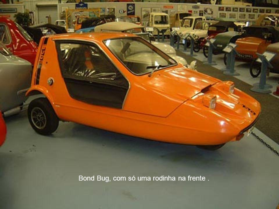 Bond Bug, com só uma rodinha na frente .