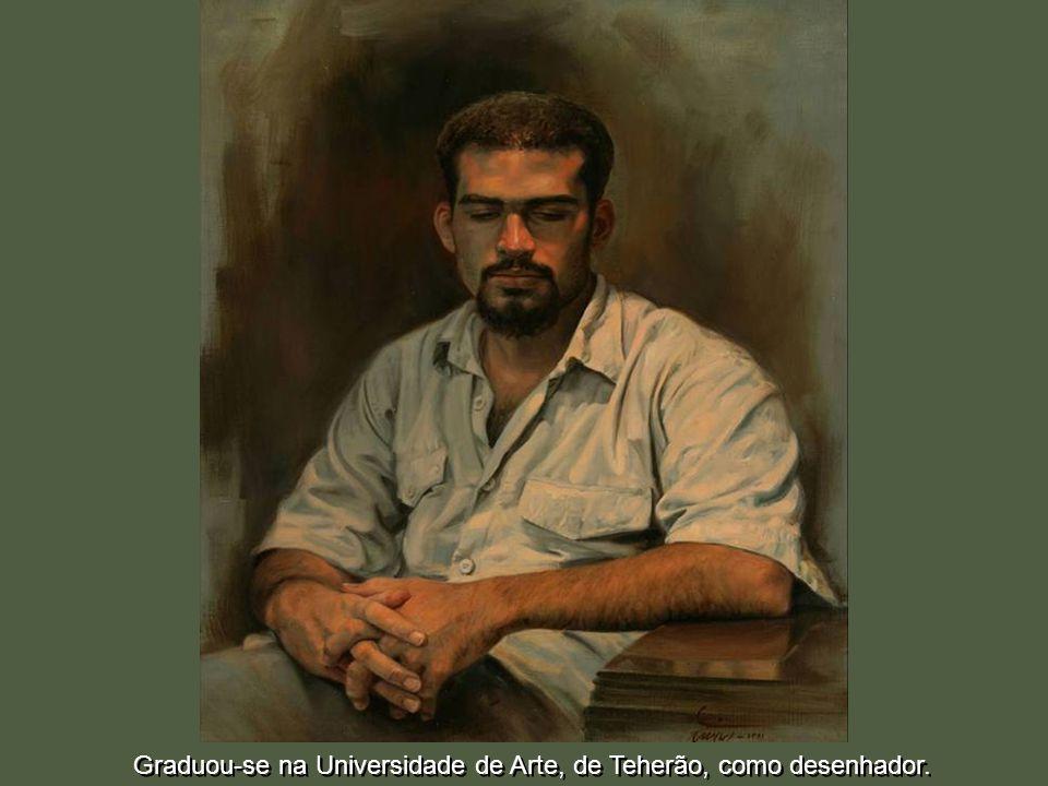 Graduou-se na Universidade de Arte, de Teherão, como desenhador.