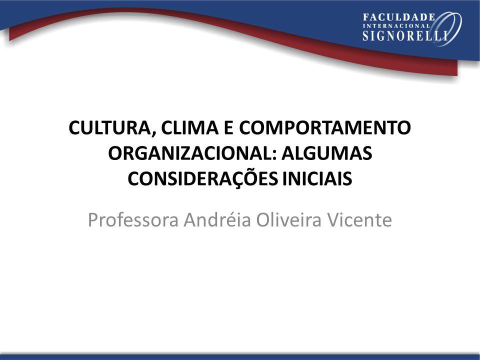 Professora Andréia Oliveira Vicente