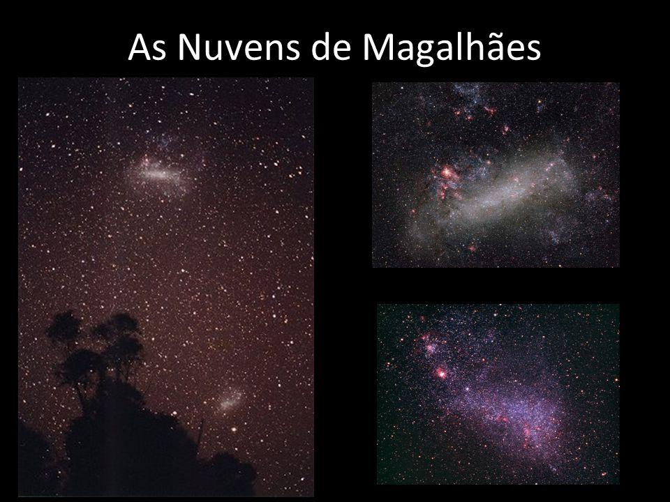 As Nuvens de Magalhães Fotos das Nuvens de Magalhães, galaxias satélites da Via-Láctea (em cima separadas e em baixo na escala correta).