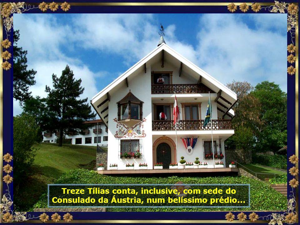 P0016788 - TREZE TÍLIAS - CONSULADO DA ÁUSTRIA-cortada-700.jpg