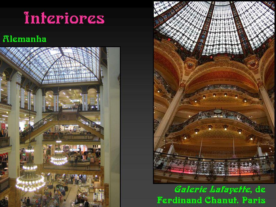 Interiores Alemanha Galerie Lafayette, de Ferdinand Chanut. Paris