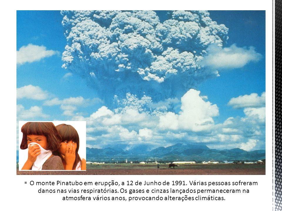 O monte Pinatubo em erupção, a 12 de Junho de 1991