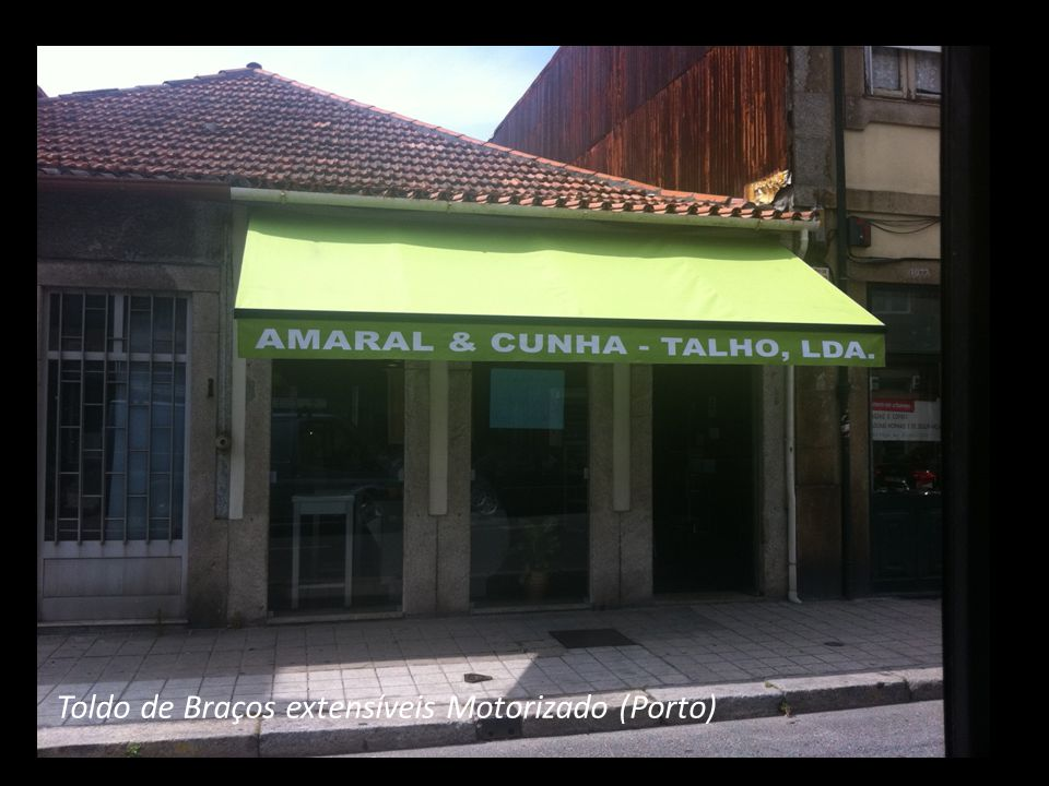 Toldo de Braços extensíveis Motorizado (Porto)