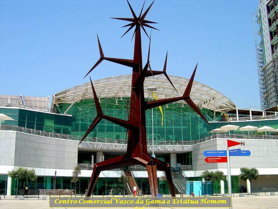 Centro Comercial Vasco da Gama e Estátua Homem Sol.
