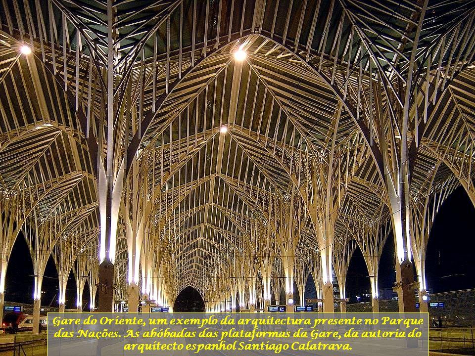 Gare do Oriente, um exemplo da arquitectura presente no Parque das Nações.
