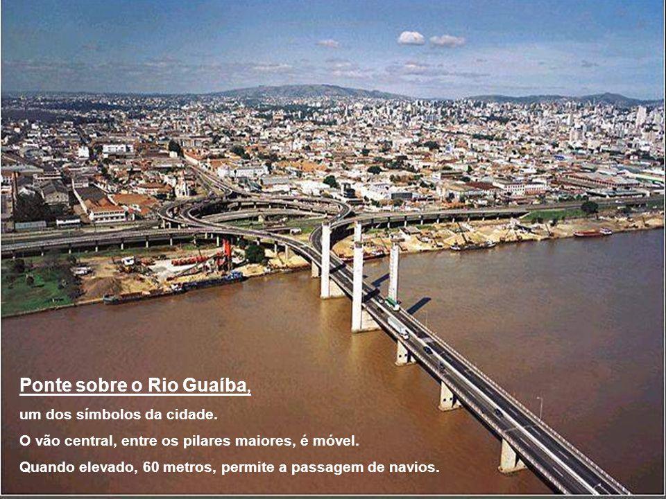 Ponte sobre o Rio Guaíba,