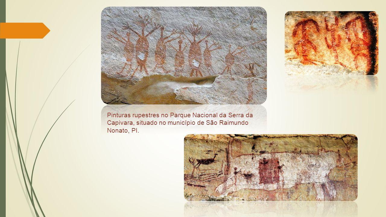 Pinturas rupestres no Parque Nacional da Serra da Capivara, situado no município de São Raimundo Nonato, PI.