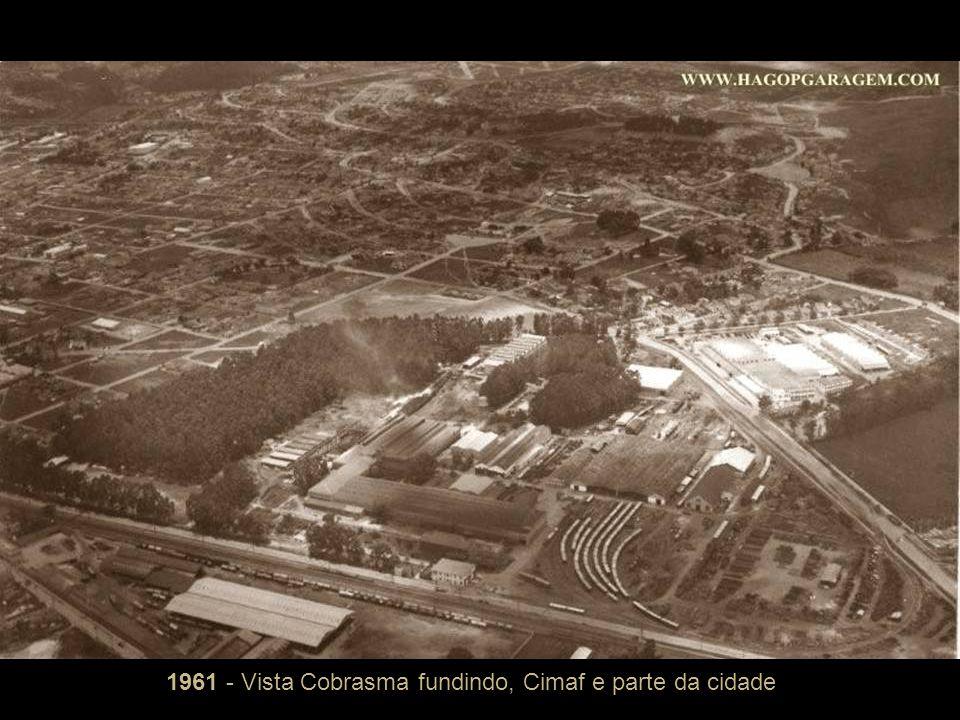 1961 - Vista Cobrasma fundindo, Cimaf e parte da cidade