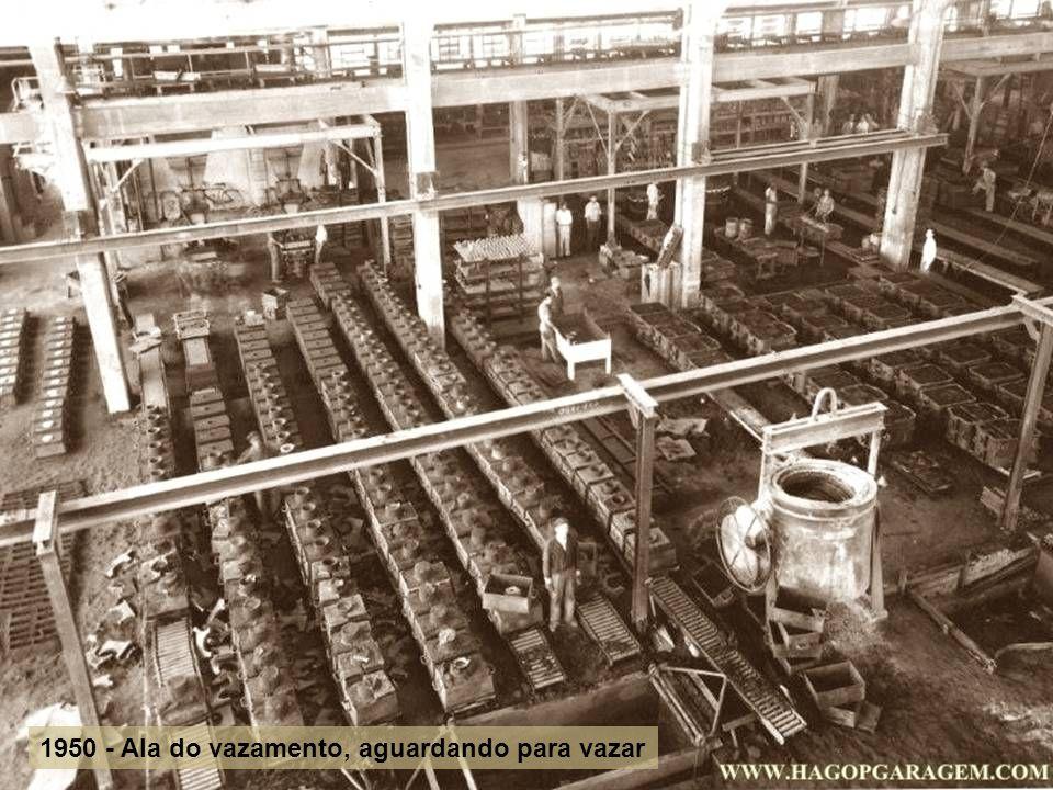 1950 - Ala do vazamento, aguardando para vazar