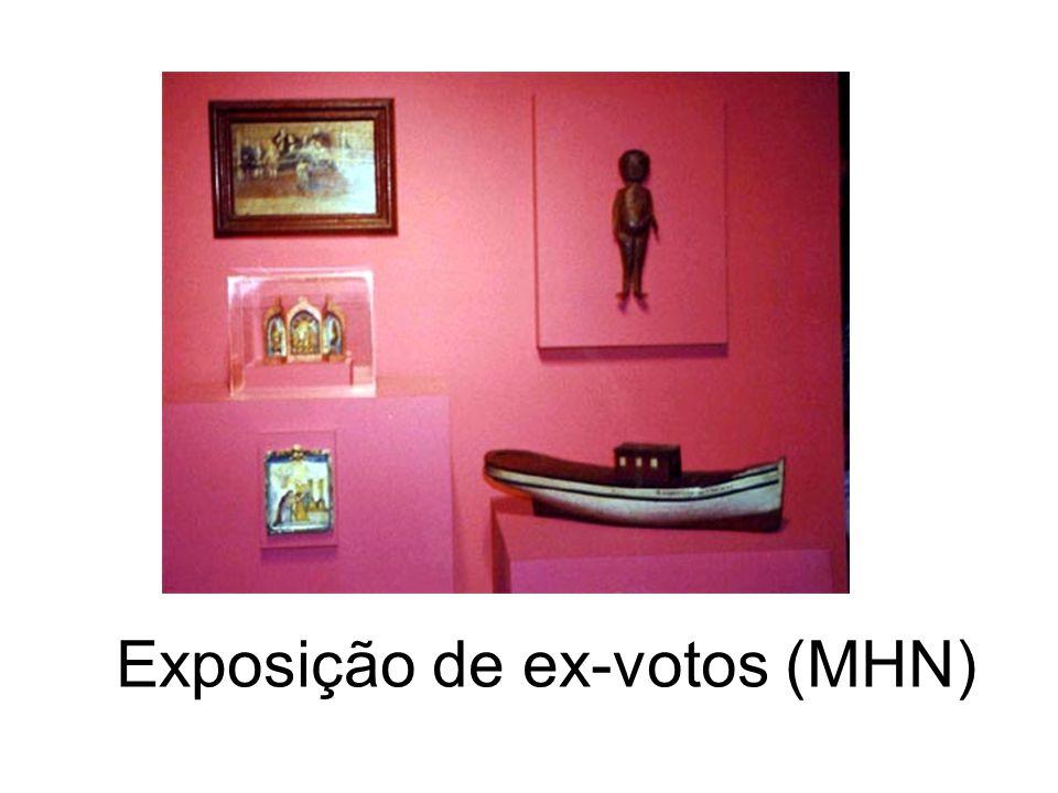 Exposição de ex-votos (MHN)