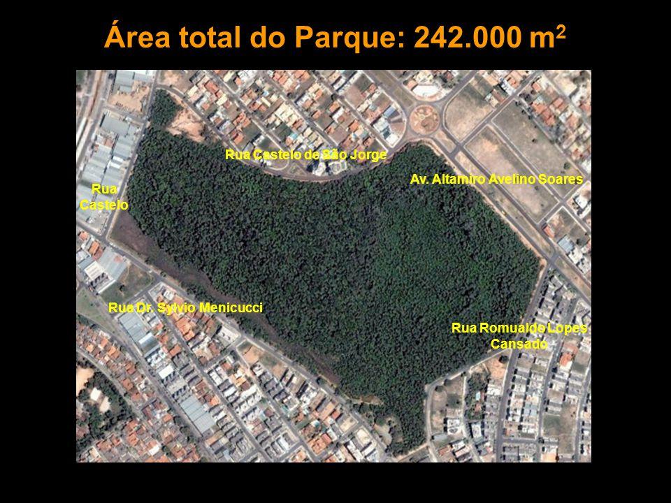 Área total do Parque: 242.000 m2 Rua Castelo de São Jorge Rua Castelo