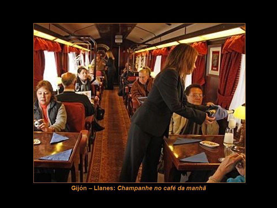 Gijón – Llanes: Champanhe no café da manhã