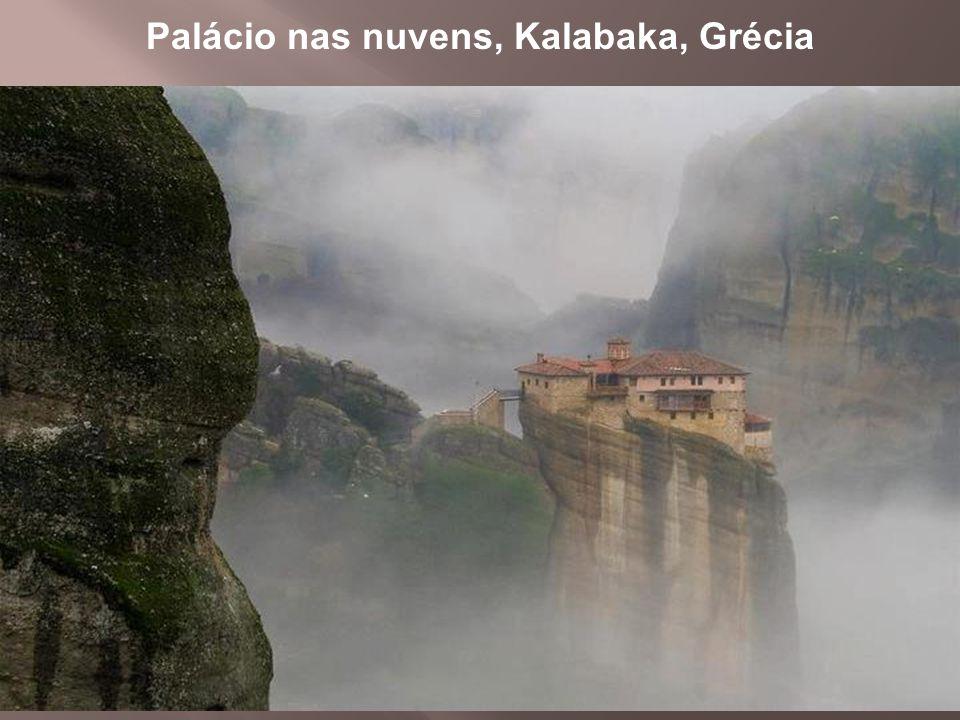 Palácio nas nuvens, Kalabaka, Grécia