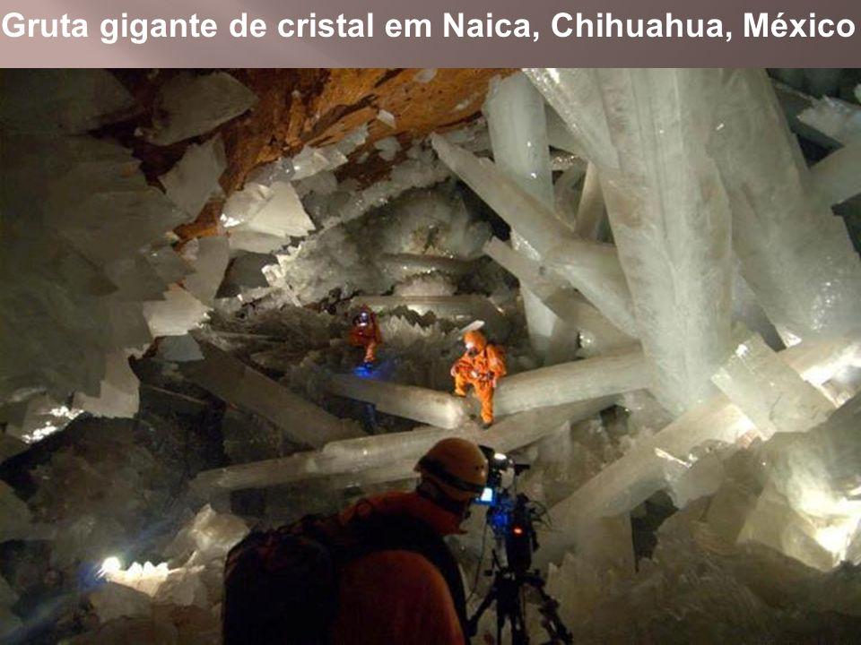 Gruta gigante de cristal em Naica, Chihuahua, México