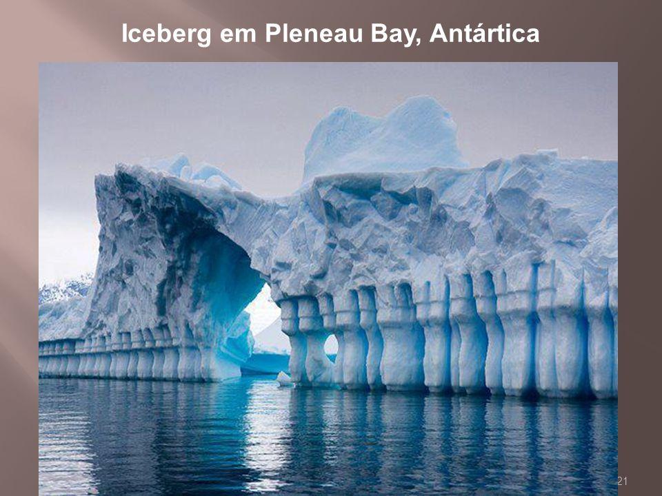 Iceberg em Pleneau Bay, Antártica