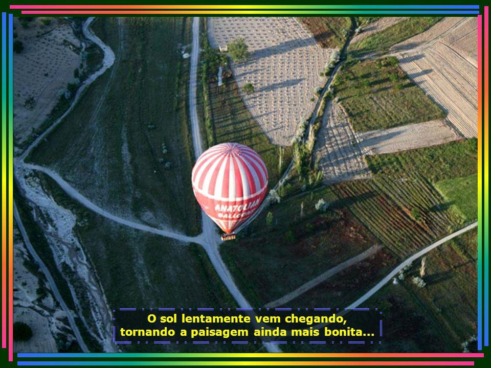 IMG_1190 - TURQUIA - PASSEIO DE BALÃO NA CAPADOCCIA-700.jpg