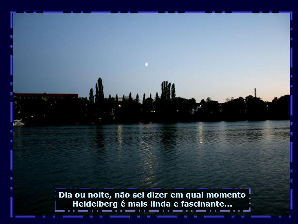 IMG_2996 - ALEMANHA - HEIDELBERG - RIO E A LUA-700.jpg