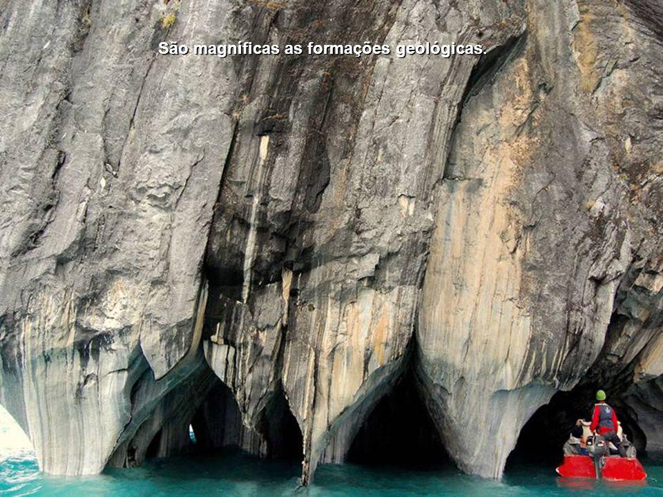 São magníficas as formações geológicas.