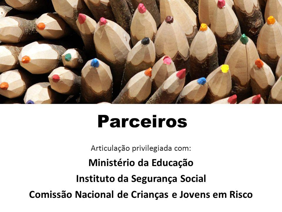Parceiros Ministério da Educação Instituto da Segurança Social