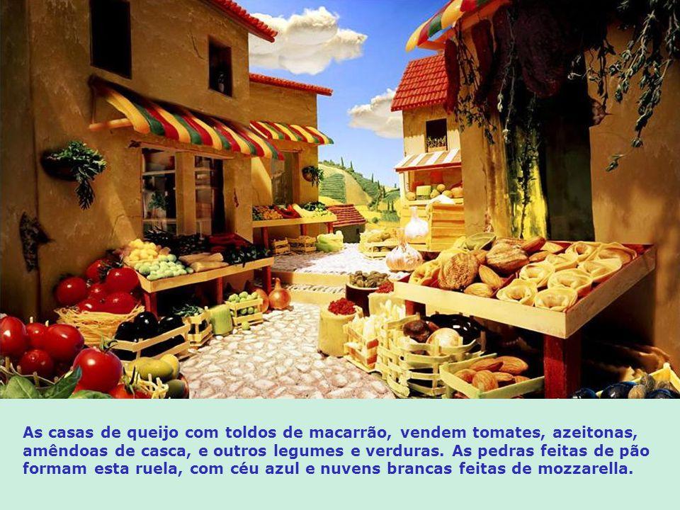 As casas de queijo com toldos de macarrão, vendem tomates, azeitonas, amêndoas de casca, e outros legumes e verduras.