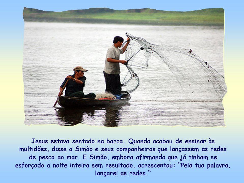 Jesus estava sentado na barca