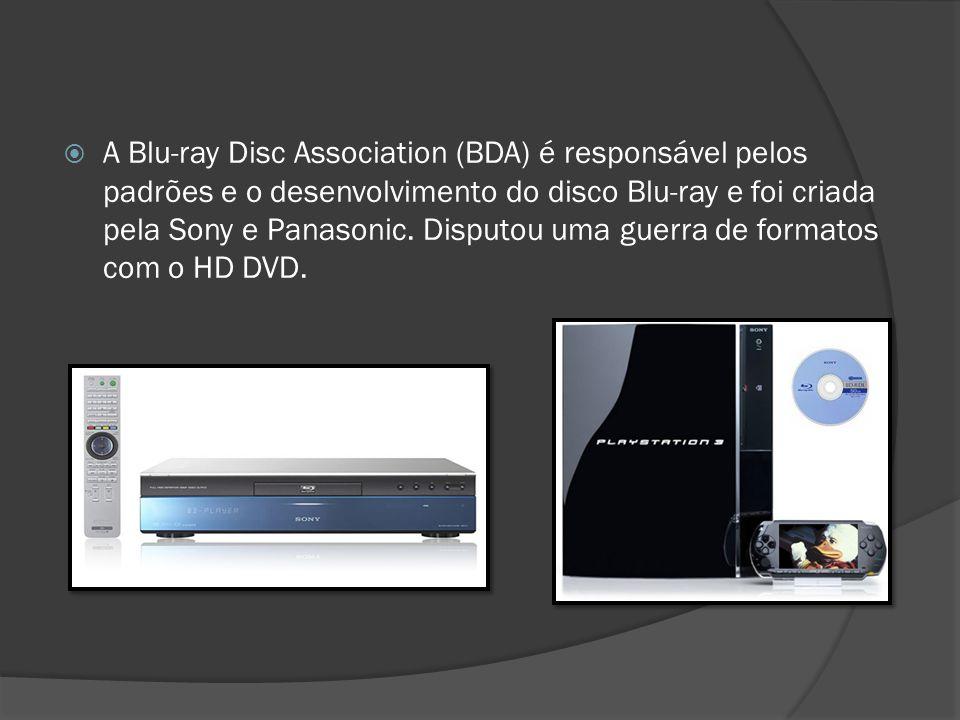 A Blu-ray Disc Association (BDA) é responsável pelos padrões e o desenvolvimento do disco Blu-ray e foi criada pela Sony e Panasonic.